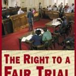 Le droit à un procès équitable est un droit essentiel dans tous les pays respectant la primauté du droit. The Bridge MAG. Image