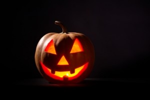 Jack-O-Lantern. Halloween  hommage aux défunts.  The Bridge MAG. Image
