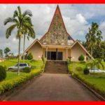 L'Université privée Catholique romaine de l'Afrique Centrale (UCAC) est basée à Yaoundé, au Cameroun. Mieux reconnue comme l'université qui forme en série les diplômés les plus recherchés au monde, elle est ouverte à tout le monde. The Bridge MAG. Image