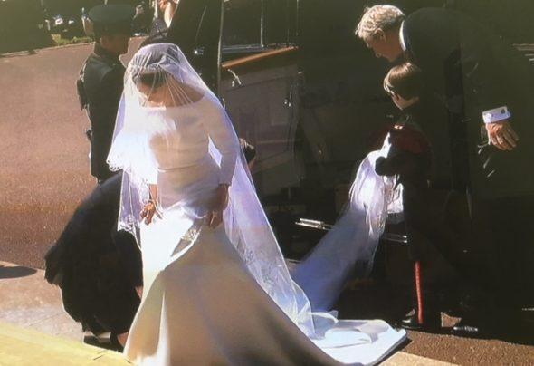 La somptueuse robe de mariée de Meghan Markle signée Clare Waight Keller directrice artistique de la maison Givenchy, Givenchy. The Bridge MAG. Image