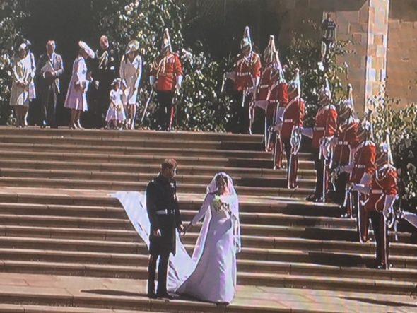Le prince Harry et sa sublime princesse l'Américaine Meghan Markle. The Bridge MAG. Image